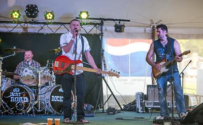 Dirt Road Rockers at Doc's Inn. Silvis, IL.