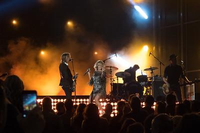 Keith Urban & Carrie Underwood