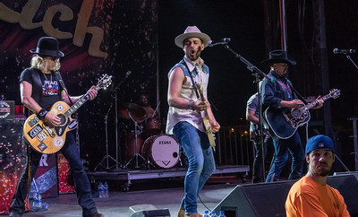 Chase Bryant and Big & Rich - Jackson County Fair