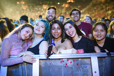 CHAINSMOKERS, 5 SECONDS OF SUMMER, LENNON STELLA CONCERT