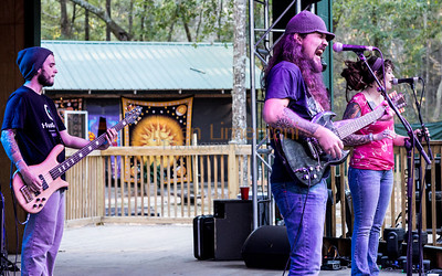 Thomas Wynn and the Believers at the Bear Creek Festival