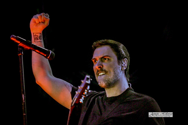 Benjamin Burnley - Breaking Benjamiin Tour 5-4-17 Richmond VA © Annette Holloway Photography