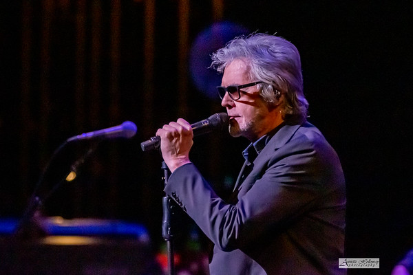 Danny Hutton of Three Dog Night 1-23-20 at Sandler Center in VA Beach, VA © Annette Holloway Photogaphy