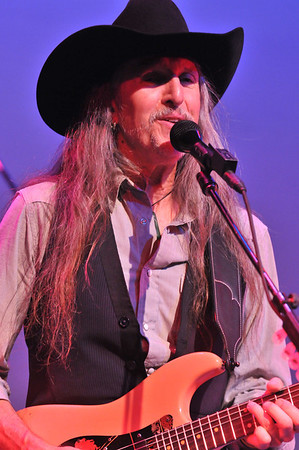 Pat Simmons (Dobbie Brothers)