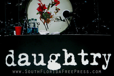 Daughtry Sunfest 2014