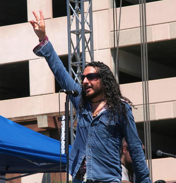 deSol Lead Singer