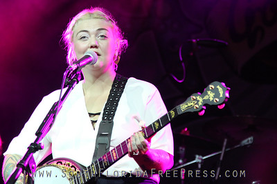 Elle King - Photo  By Ted Pacelli