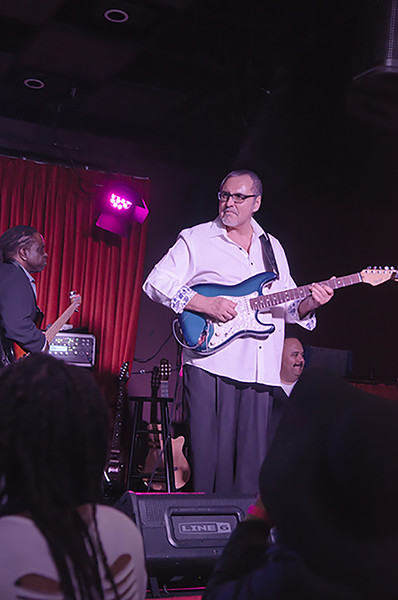 151202 Howard Hewett (Catalina Bar & Grill)