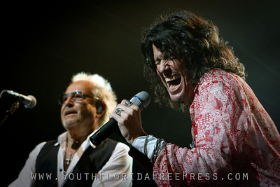Mick Jones, Kelly Hansen - Foreigner