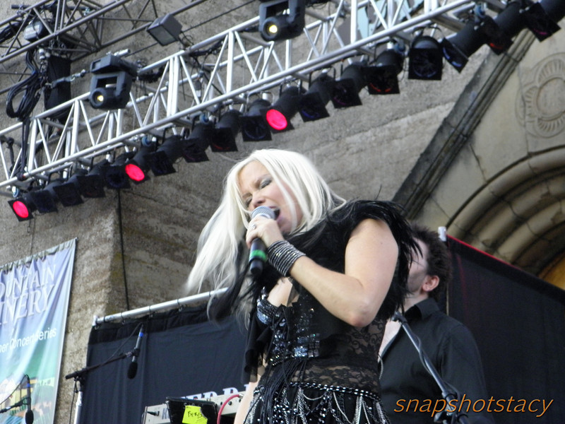 Berlin - Terri Nunn<br /> FIERCE!