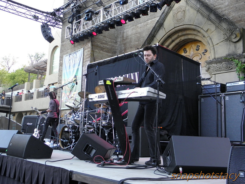 Berlin - keyboards: Dave Schulz