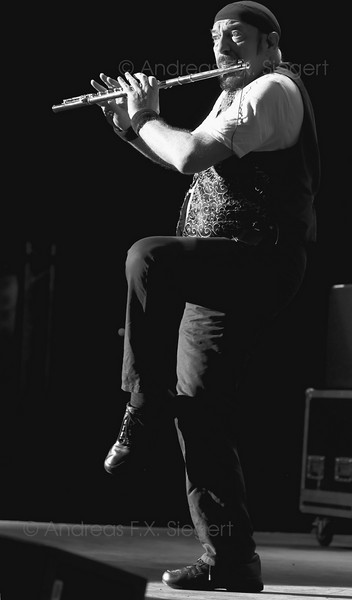 Ian Anderson<br /> Jethro Tull concert  July 2008 - Tollwood