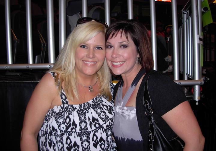 0 Andrea & Jen before concert