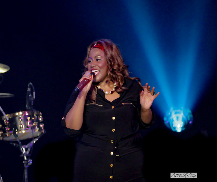Mandisa on Hits Deep Tour with TobyMac in Charleston WV 4-8-17