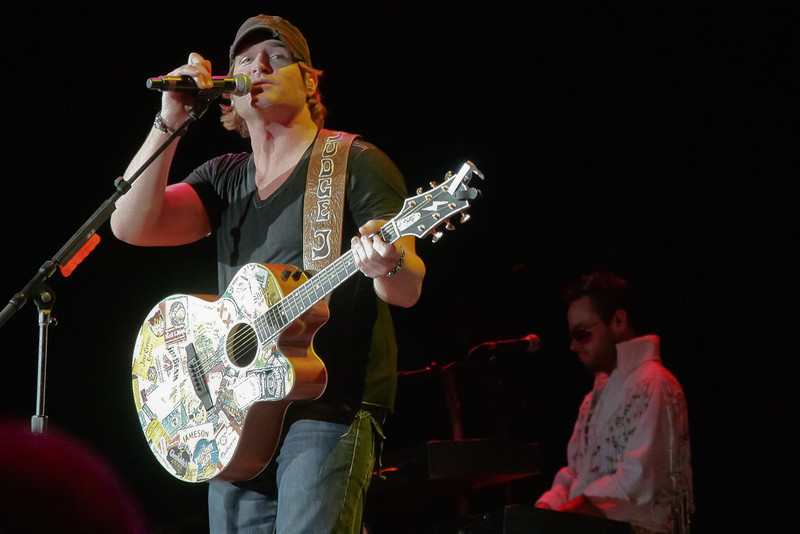 Jarrod Niemann performs Sunday, Sept. 25 at Time Warner Cable Music Pavilion in Raleigh.