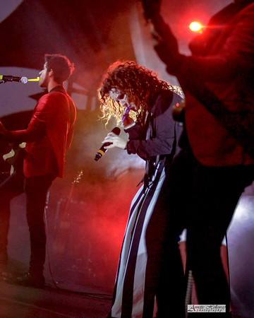 Plumb - KLove Christmas Tour VA 12-15-17 by Annette Holloway Photog