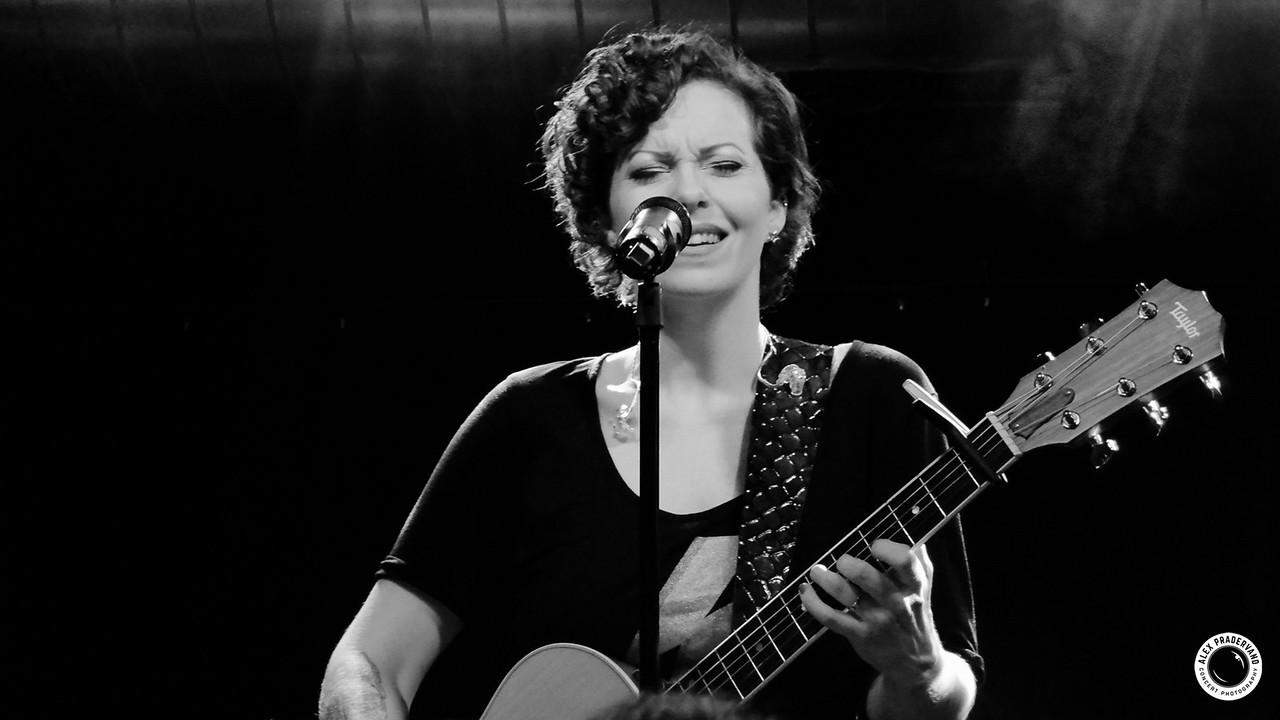 Anneke Van Giersbergen - Pratteln 2013 04