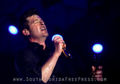 Robin Thicke Sunfest