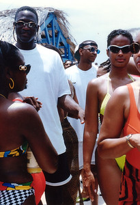 1997 Funk Festival in Aruba, host SINBAD. Human Highlight in da house.