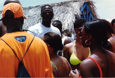 1997 Funk Festival in Aruba, host SINBAD. Dominque Wilkins in da house.
