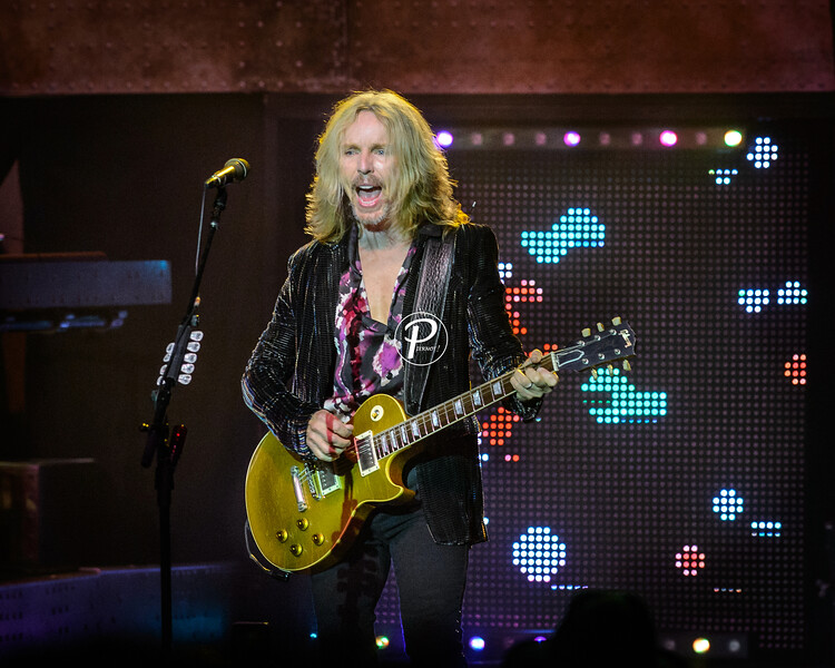 Styx Performs in Morristown