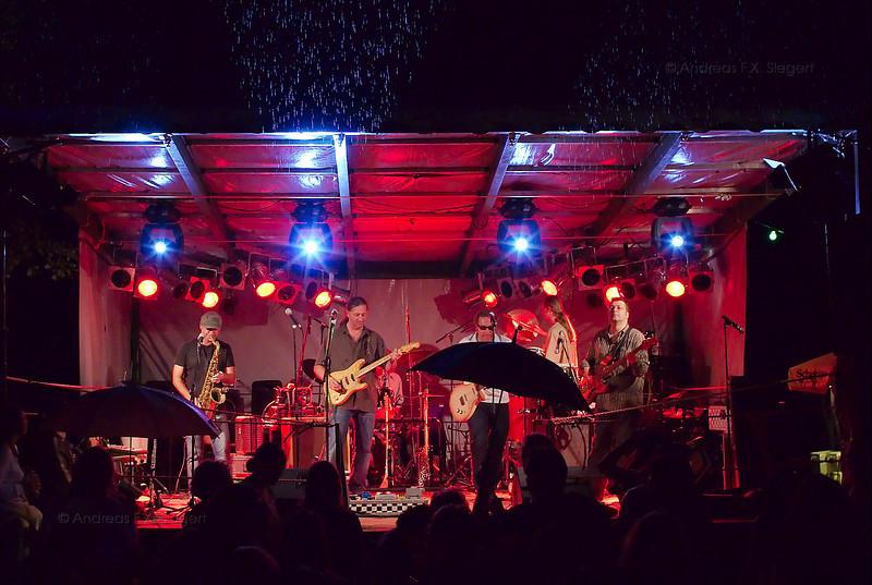 Stimulators live am Klosterseefest 2008<br /> The wet concert