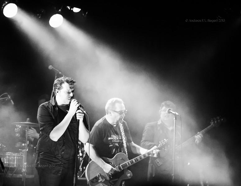 The Stimulators play at Altes Kino in Ebersberg, February 2013