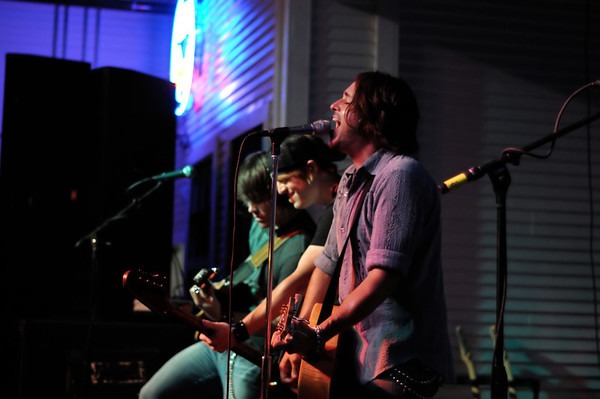 Mark Mckinney Band at Brewster Street Icehouse in Corpus Christi, TX on 5/21/2009