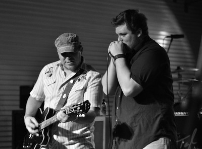 Texas Renegade from Billy's Ice and Brewster Street Ice house in Corpus Christi, TX and New Braunfels, TX.  New up and coming Texas Band that is going to make it HUGE.  More pictures to come.  Check out thier website at www.txrenegade.com
