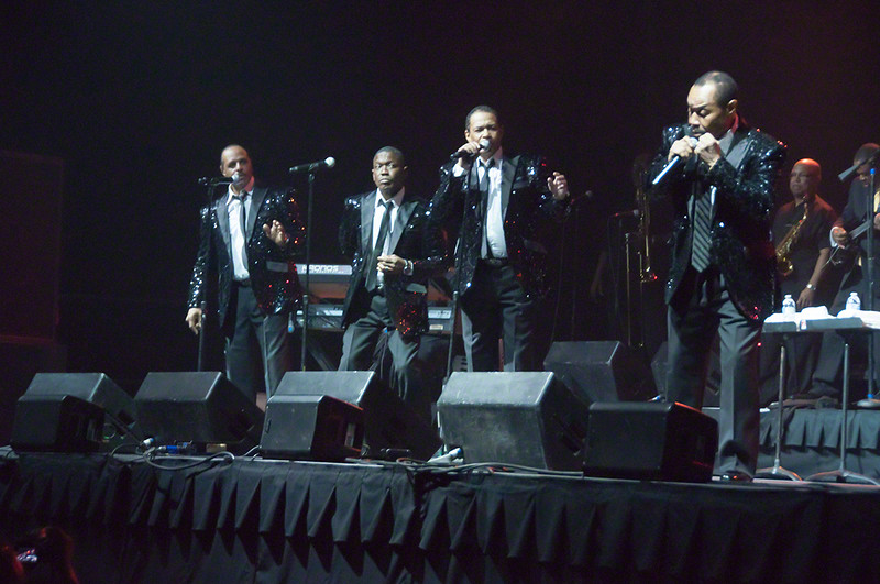 150912 The Dramatics (Citiizens Bank Arena)