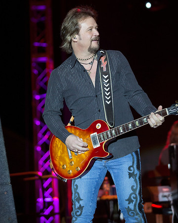 Travis Tritt Pera Steak Fry 2013