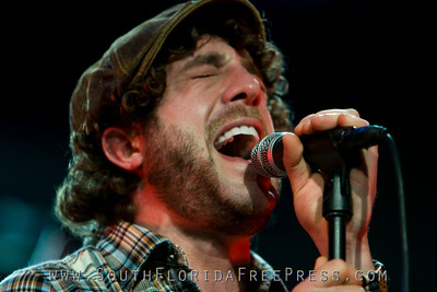 Elliot Yamin at Y100 Jingle Ball 2007
