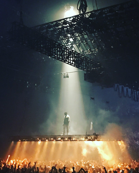 Kanye West performs Ultra Light Beam - Chicago, IL