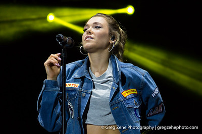 Rachel Platten at Bite of Las Vegas - Las Vegas, NV - September 9, 2017