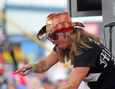 Brett Michaels Loudon 2015_07_19_8582