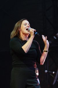 Belinda Carlisle @ Osborne House, Isle of Wight 01/08/10