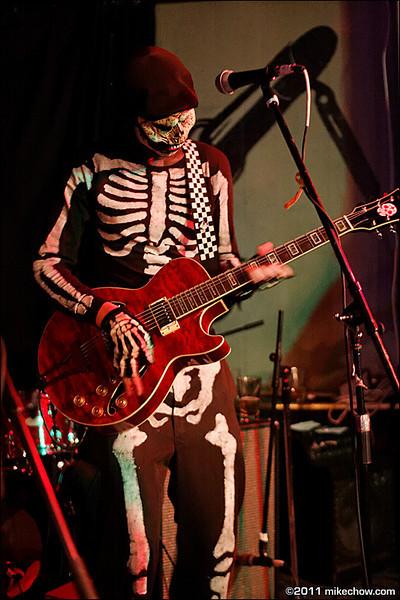 The Bone Daddies live at Pat's Pub, Vancouver BC, October 21, 2011.