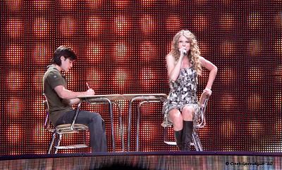 P1050121 - Taylor Swift, Verizon Center, Washington DC, June 1, 2010.