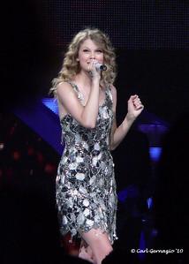 P1050099 - Taylor Swift - Verizon Center, Washington, DC - Tuesday, June 1, 2010.
