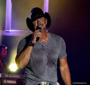 Trace Adkins - August 9, 2013