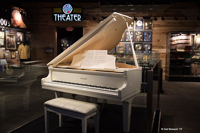 George Jones' Wurlitzer Piano at the George Jones Museum.