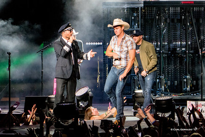 Capt. Dierks with Jon Pardi and Cole Swindell