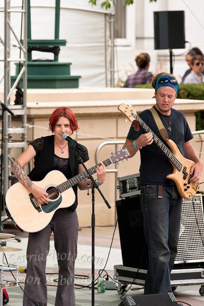 Rosie Burgess Band<br /> <br /> 20110820-IMG_4704