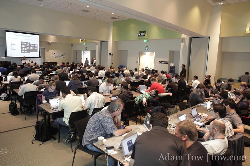 The crowd at iPadDevCamp 2010.