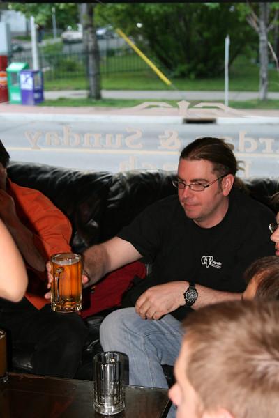 Yahoo! Dinner Party - Beer receiving!