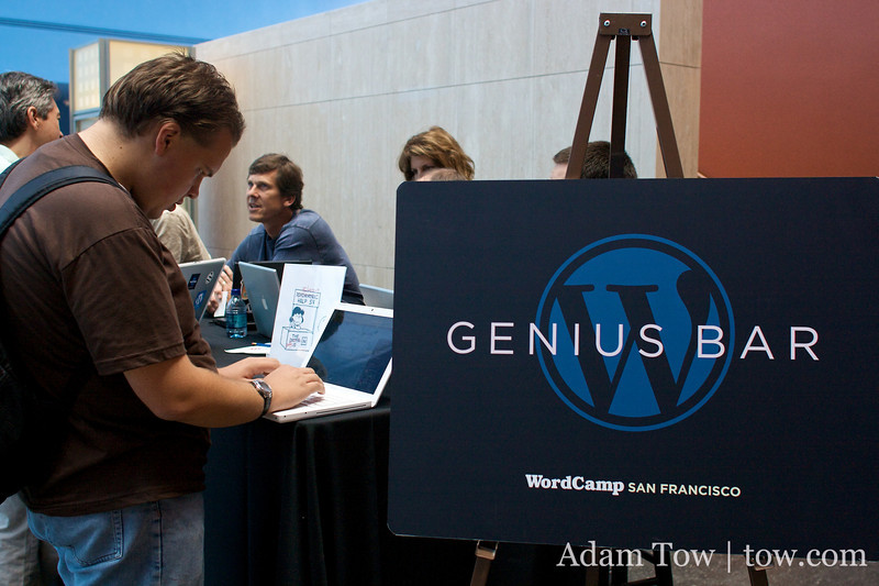The Genius Bar at WordCamp 2008.