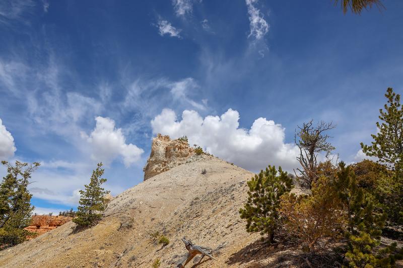 White Sandstone Peak Along Thunder Mountain Trail in Utah