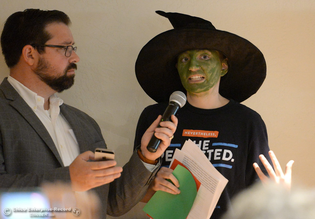 """. Heather Calun of Magalia makes a comment during a Town Hall meeting held by Congressman Doug LaMalfa at the Elks Lodge in Chico, Calif. Monday Aug. 7, 2017. Calun dressed up as Elphaba from the play \""""Wicked,\"""" a character who she said inspired her to stand up to political corruption.  (Bill Husa -- Enterprise-Record)"""