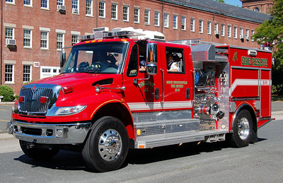 North Thompsonville E-41 2006 International/Seagrave 1250/500