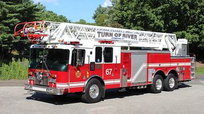 Turn of River Truck 67   2002 HME / Smeal   105' RM